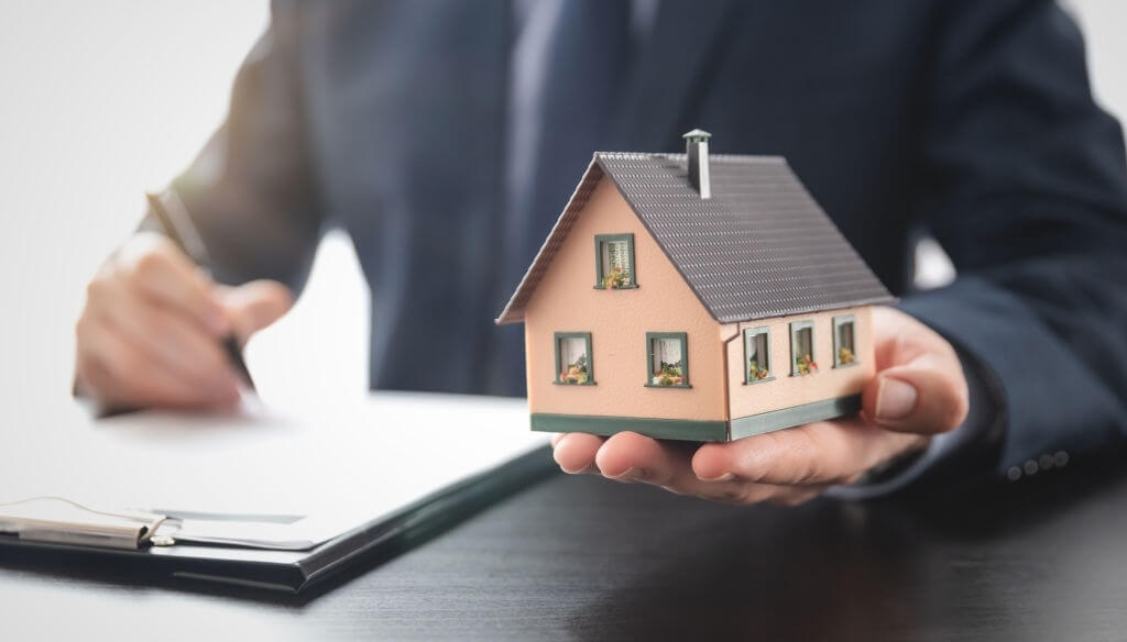 real estate agent scottsdale